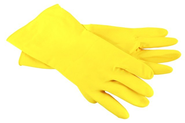 yellow gloves cleaning